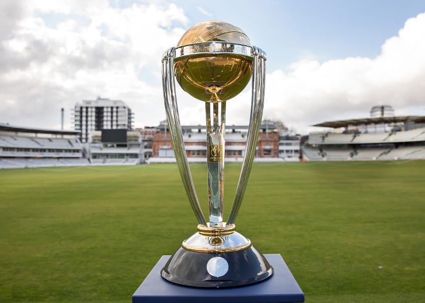 PSL4's trophy event in Dubai's trophy, Cricket News